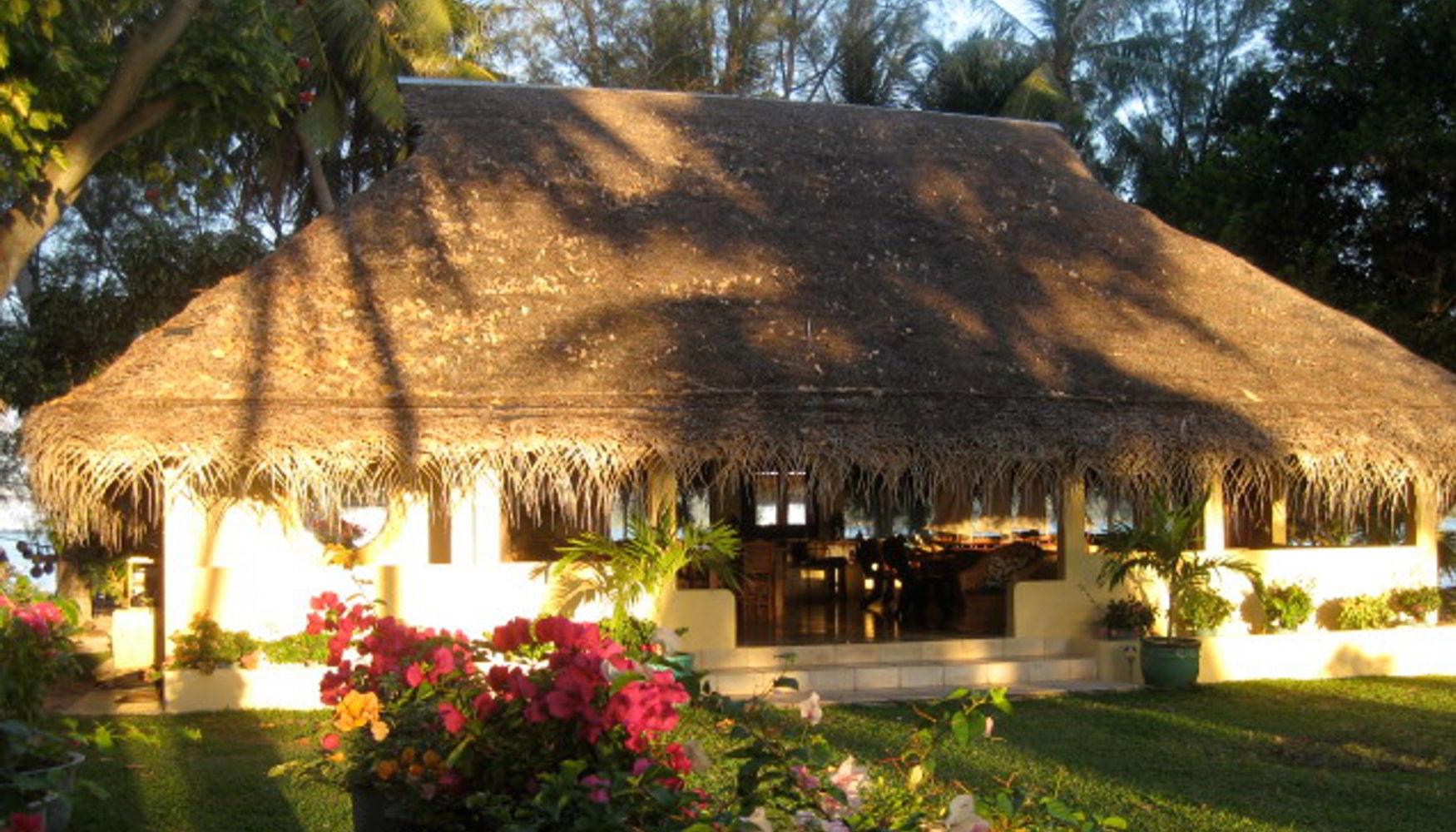 Living Room/kitchen on resort island for sale