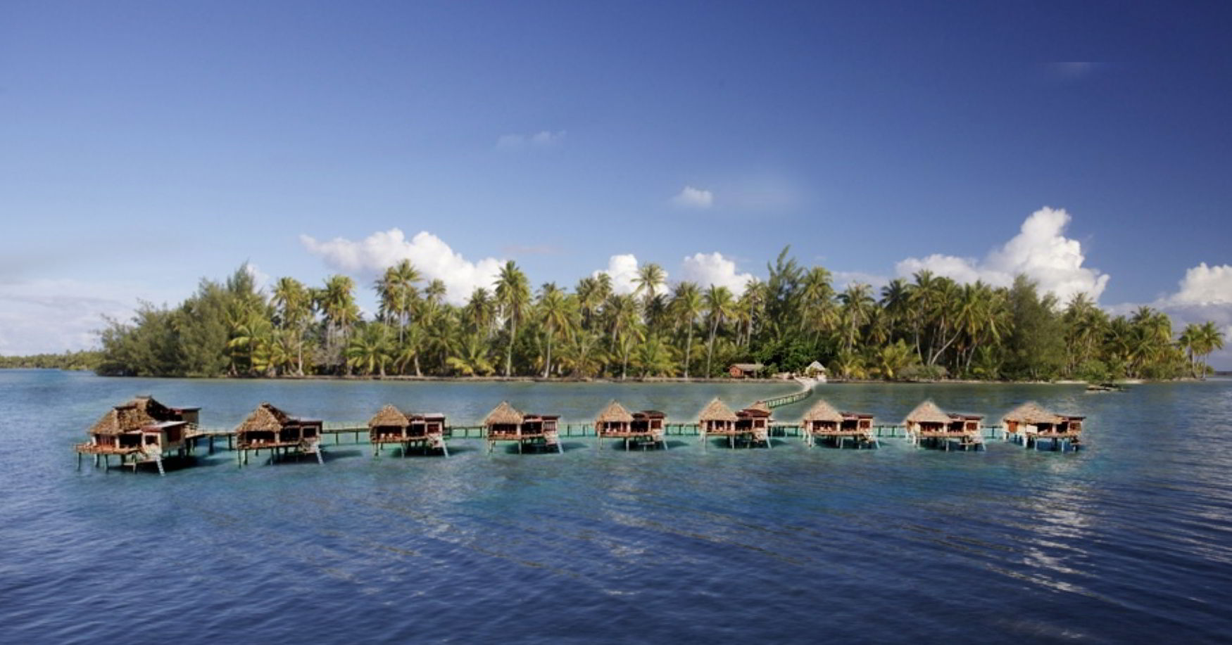 Example of a tropical resort on Motu Moie Tahiti