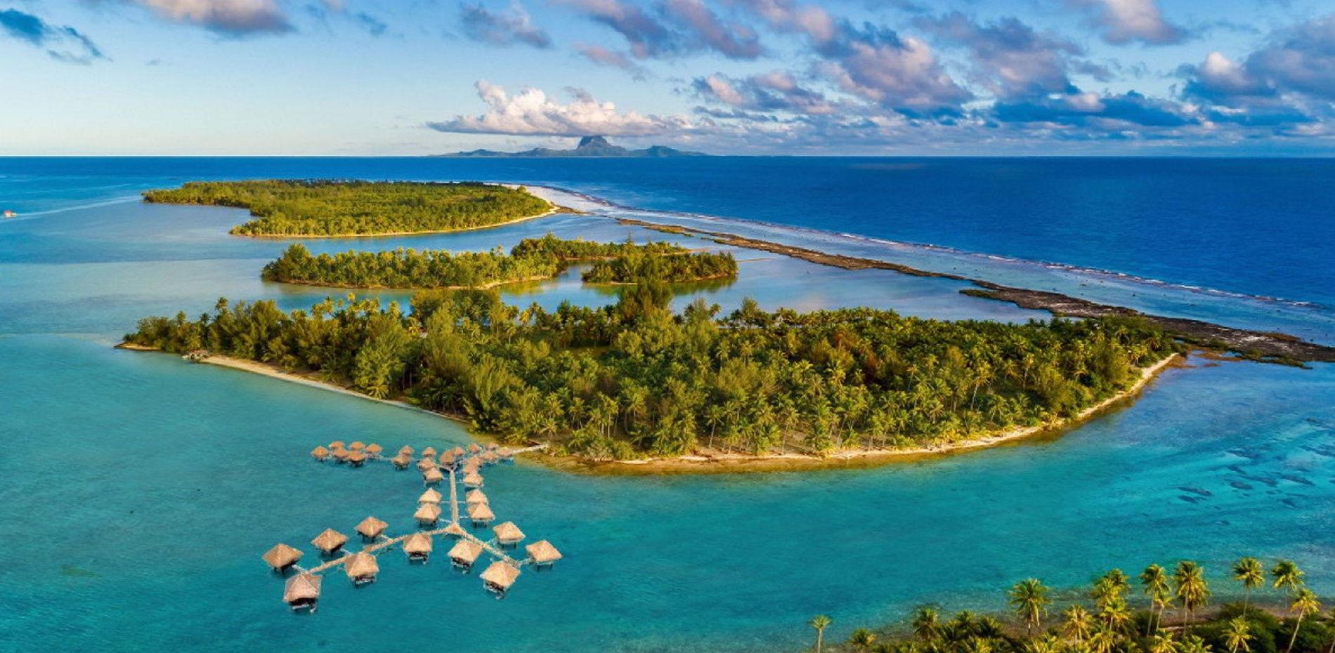 Example of a resort on Motu Moie