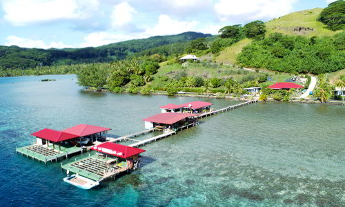 Pearl Farm in lagoon Tahaa, close to Motu Moie