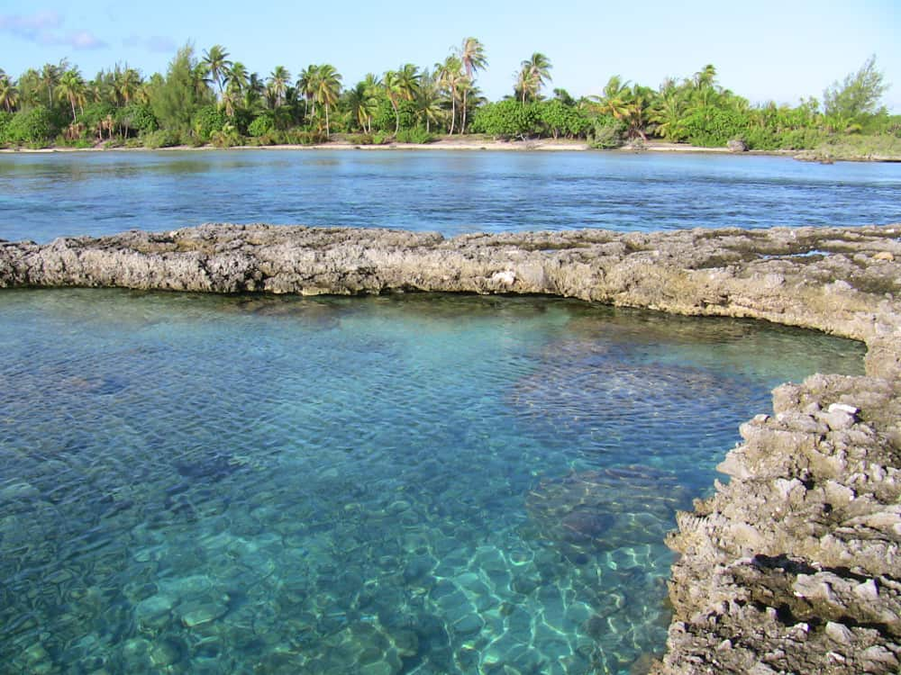 Reef near Motu Moie, private island for sale
